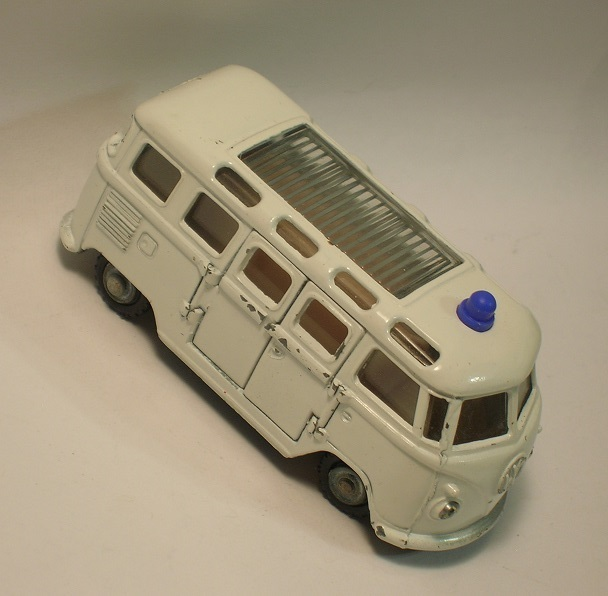 Click image for larger version  Name:	impy vw bus ambulance .JPG Views:	0 Size:	76.5 KB ID:	63363