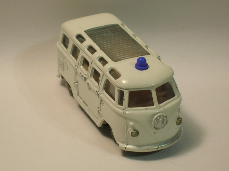 Click image for larger version  Name:	impy vw bus ambulance 1.JPG Views:	0 Size:	80.6 KB ID:	63365